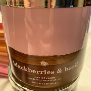 Blackberries and basil candle